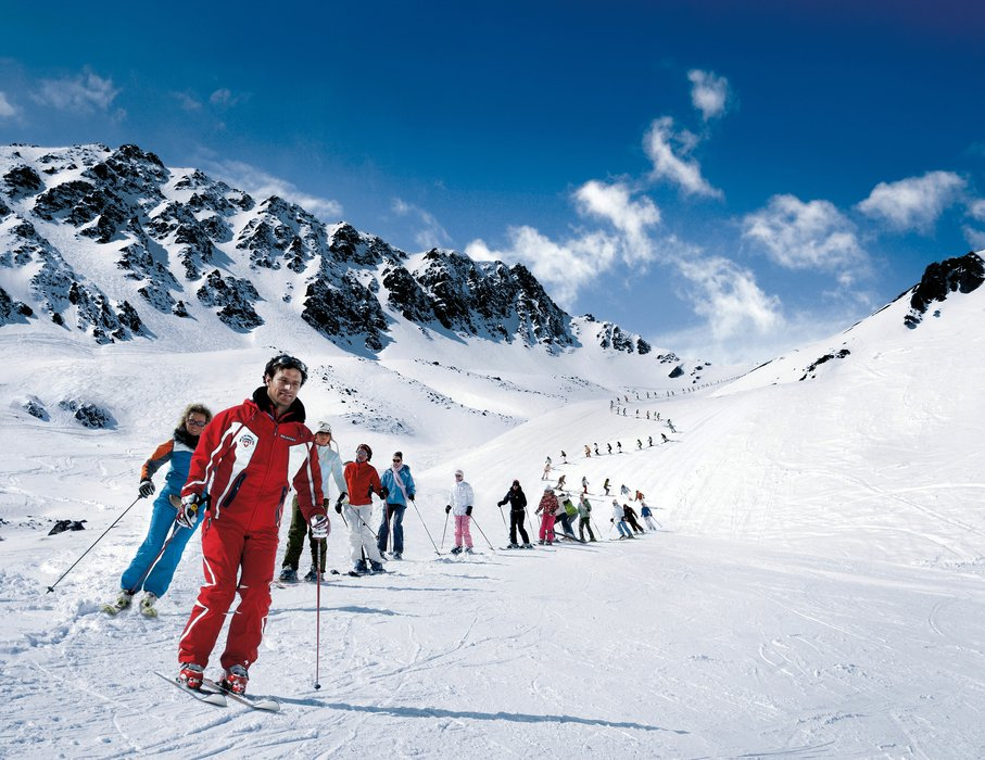 Learn How to Ski - Ski School in Switzerland
